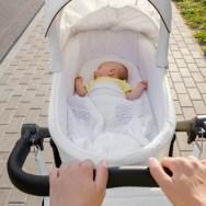 Plimbarea bebelușului pe timp de vară