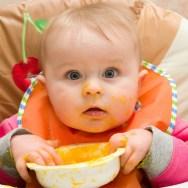 Bebe poate mânca aproape orice CARNE încă de la începutul diversificării!