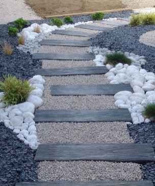Comfy Front Yard Pathways Landscaping Ideas You Must Know07