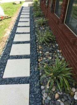 Comfy Front Yard Pathways Landscaping Ideas You Must Know31