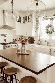 Cozy Farmhouse Kitchen Design Ideas To Try Asap09