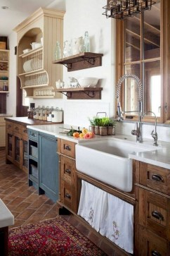 Cozy Farmhouse Kitchen Design Ideas To Try Asap15