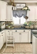 Cozy Farmhouse Kitchen Design Ideas To Try Asap26