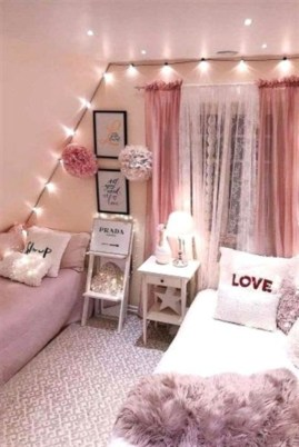 Delicate Tiny Bedroom Decor Ideas For Teens07