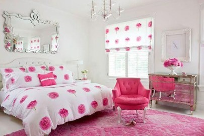 Delicate Tiny Bedroom Decor Ideas For Teens33