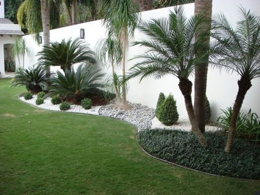 Lovely Backyard Garden Ideas That Looks Elegant07
