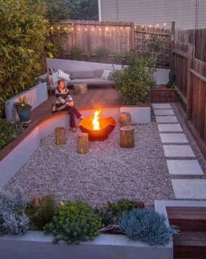 Lovely Backyard Garden Ideas That Looks Elegant14