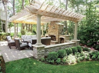 Lovely Backyard Garden Ideas That Looks Elegant30