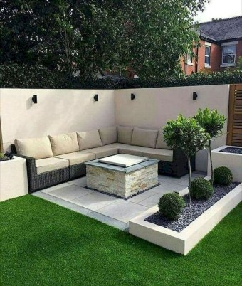 Lovely Backyard Garden Ideas That Looks Elegant36