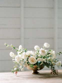 Stylish Lower Arrangements Ideas For Table Decorating09
