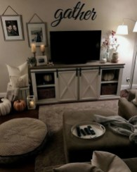 Amazing Fall Living Room Decorating Ideas To Try Asap18