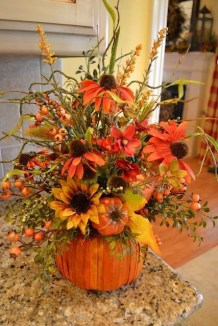 Brilliant Faux Flower Fall Arrangements Ideas For Indoors42
