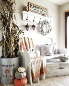 Stunning Fall Home Decor Ideas With Farmhouse Style26