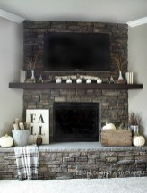 Wonderful Fireplace Makeover Ideas For Fall Home Décor04