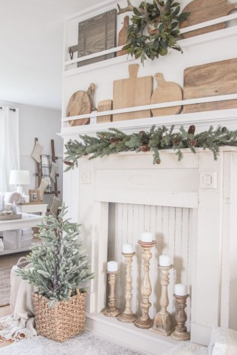 Wonderful Fireplace Makeover Ideas For Fall Home Décor05