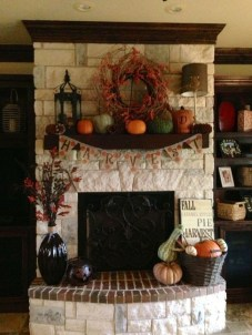 Wonderful Fireplace Makeover Ideas For Fall Home Décor30