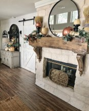 Wonderful Fireplace Makeover Ideas For Fall Home Décor35