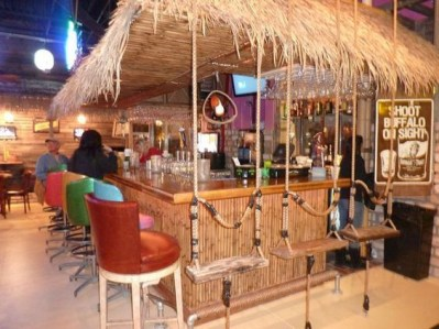 Cool Bar Design Ideas For Outdoor To Try Asap38