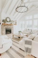 Excellent Farmhouse Interior Design Ideas To Try Right Now19