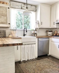 Extraordinary Farmhouse Kitchens Design Ideas That Have An Elegant Looks02