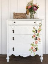 Extraordinary Old Furniture Ideas To Beautify The Decor11