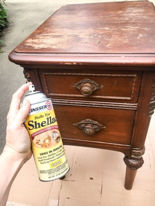 Extraordinary Old Furniture Ideas To Beautify The Decor14