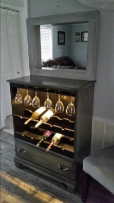 Extraordinary Old Furniture Ideas To Beautify The Decor19