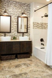 Fascinating Farmhouse Master Bathroom Remodel Ideas To Have Now37