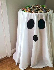 Outstanding Diy Halloween Decorations Ideas For Party Decor29