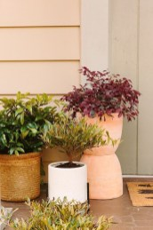 Pretty Planter Design Ideas For Summer Porch To Looks Amazing12