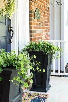 Pretty Planter Design Ideas For Summer Porch To Looks Amazing15