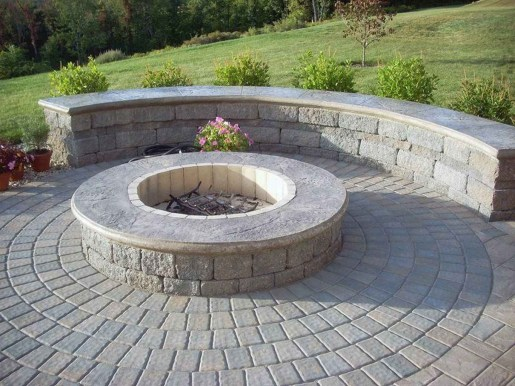 Superb Diy Fire Pit Ideas To Try In The Backyard10
