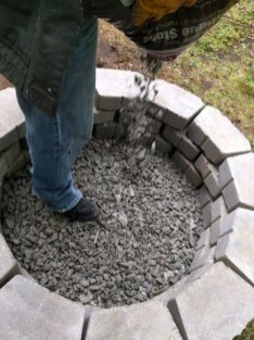 Superb Diy Fire Pit Ideas To Try In The Backyard30