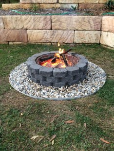 Superb Diy Fire Pit Ideas To Try In The Backyard31
