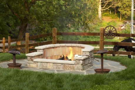 Superb Diy Fire Pit Ideas To Try In The Backyard48