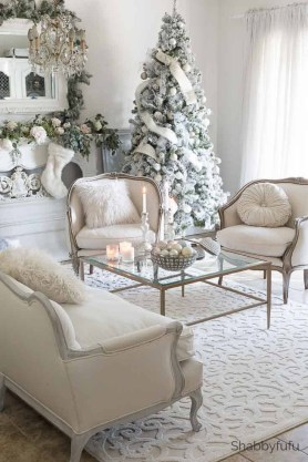 Extraordinary Christmas Living Room Decoration Ideas To Try Asap26