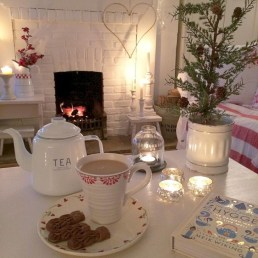 Gorgeous Winter Hygge Home Decorating Ideas To Try Asap11