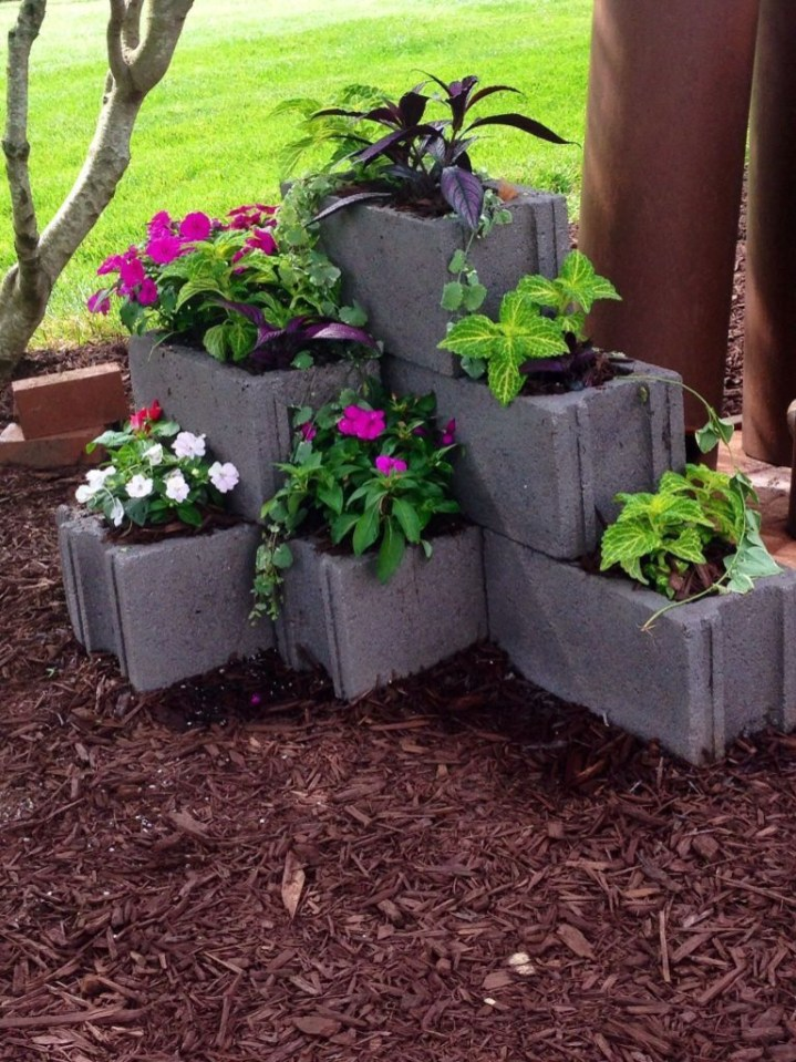 Latest Home Garden Design Ideas With Cinder Block To Try12