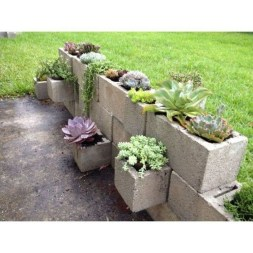 Latest Home Garden Design Ideas With Cinder Block To Try19
