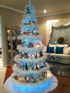 Trendy Diy Christmas Trees Design Ideas That Using Simple Free Materials03