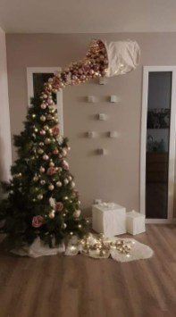 Trendy Diy Christmas Trees Design Ideas That Using Simple Free Materials20
