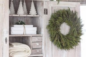 Unordinary Farmhouse Christmas Entryway Design Ideas For The Amazing Looks24