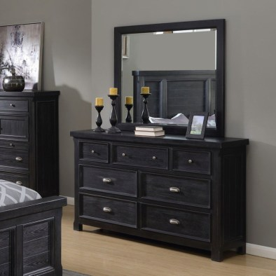Attractive Bedroom Dressers Ideas With Mirrors To Try This Year14