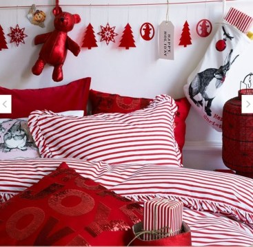 Latest Christmas Bedroom Decor Ideas For Kids To Try06