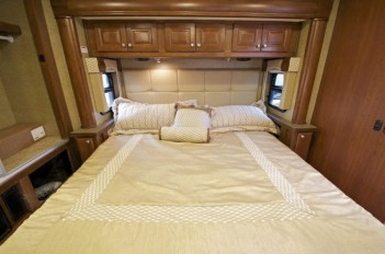 Modern Rv Living Organization Ideas That You Must Try Now11