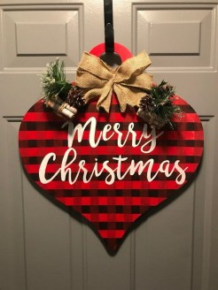 Newest Christmas Door Decoration Ideas You Must Try Right Now03