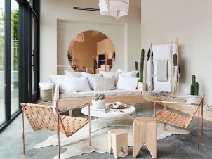 Gorgeous Gold Color Interior Design Ideas For Your Home Style To Copy03
