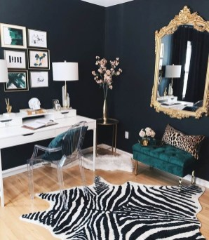 Gorgeous Gold Color Interior Design Ideas For Your Home Style To Copy28