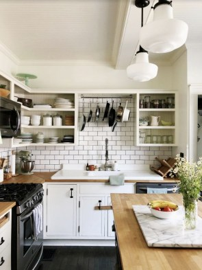 Magnificient Kitchen Design Ideas For A Small Space To Try15