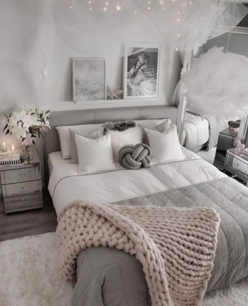 Outstanding Bedroom Design Ideas For Teenager To Have Soon14